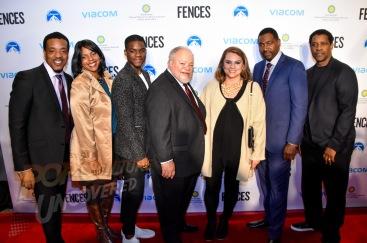 Cast of Fences